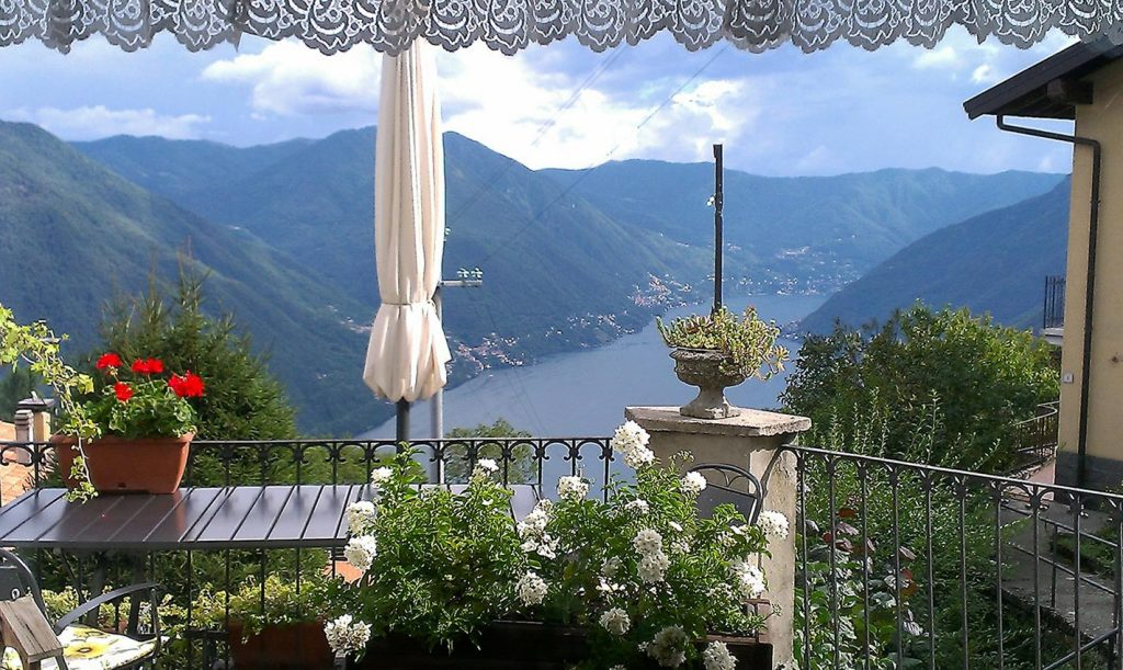 Il bed and breakfast la finestra sul lago - La finestra sul lago candia ...